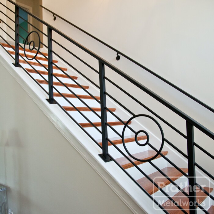 07 Franklin Round Bar Circles Stairs